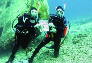 Keith and Linda Henderson take CCL scuba diving in Bonaire, Caribbean, Netherlands.